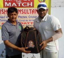 Arjun Khanna received man of the match from Naresh Sharma in TYCA Cricket