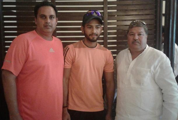 Unmukt Chand with Manish Aggarwal and Rajan Manchanda In Roshanara Cup cricket